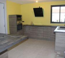 Photos et id es cuisine mur jaune 136 photos Idee cuisine 13m2