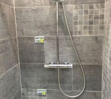 Carrelage sol   faïence salle de douche enfant
