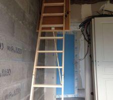 escalier escamotable dans le garage