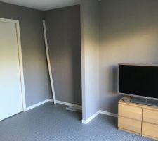 Tapisserie et sol chambre