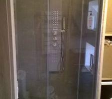 pose de la porte vitree de la douche