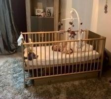 Rideaux enfin installés chez bébé ? !