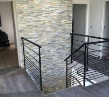 Finition Mezzanine - cage d'escalier