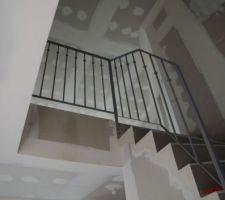 Garde corps en haut de l'escalier
