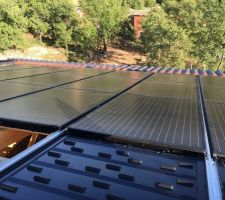 Installation aéro photovoltaïque