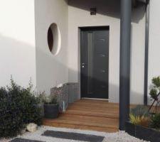 Terrasse bois - porche entrée avec banc gabion (à remplir...)