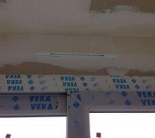 Aérations au-dessus des baies vitrées (RT2012)