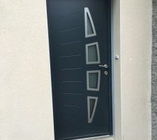 La porte d'entree se devoile!