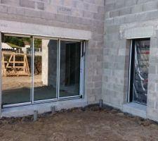 baie vitree de 3 m et porte de la buanderie