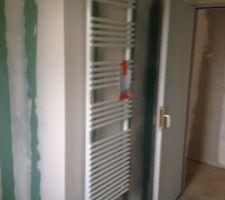 Sèche serviette mixte électricité et PAC