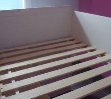"""La """"carcasse"""" du lit de ma fille ;-) Les blocs qui vont en dessous sont fait aussi reste plus que l'assemblage..."""