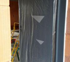 24 09 2015 pose des deux baies vitrees pose de la porte d entree et des fenetres pose des deux portes de garage pose des rails au plafond