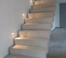 escalier eclaire