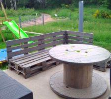 Salon de jardin en construction...vive la récup!!