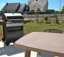 Barbecue Campingaz series 3 woody ld et le salon de jardin.