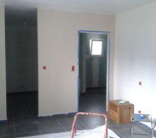 Peinture de la chambre : sisal et blanc