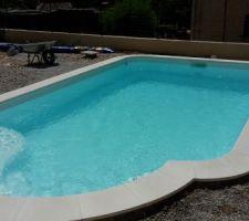 Mi juillet - le remplissage de la piscine se termine :)