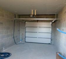 garage cote porte de garage