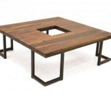 Idée déco : table basse noyer et métal.