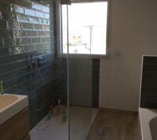 Notre salle de bains de l'étage, presque terminée