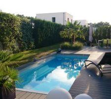 photos et id es volet roulant pour piscine immerg 573. Black Bedroom Furniture Sets. Home Design Ideas