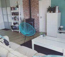 cette chaise est aussi jolie a l interieur qu a l exterieur j adore