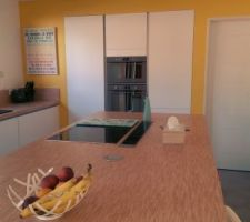 Cuisine terminée - peinture ripolin - meubles cuisine Coppin - accessoires CASA