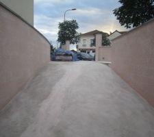 enduit murs de retenue des terres descente de garage