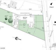 Voici le plan de masse de la maison sur le terrain.