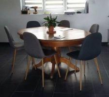 Voilà ce que je voudrais faire avec cette table en attendant le budget table de salle à manger ;)   https://fr.pinterest.com/pin/569635052849593881/