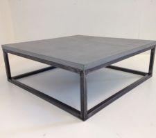notre table basse en beton cire sur mesure photo juste avant expedition