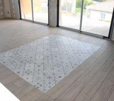 Il me plait ce tapis même si les joints ne sont pas encore pas faits