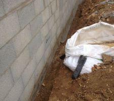 Tranchée creusée pour futur étanchéité