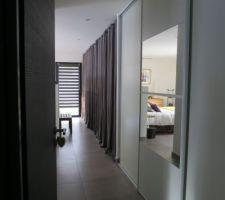 perspective des rangements de la chambre parentale au 1er plan les portes nouvellement posees