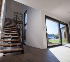 Salon/séjour + escalier