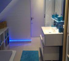 vue generale salle de bain etage
