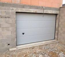 porte de garage gris ral 7035