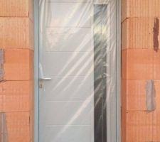 Porte d'entrée ABSCISSSE GRIS RAL 7035
