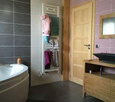 La deuxieme salle de bain terminée