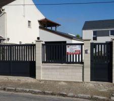 cloture de facade avec portail et portillon