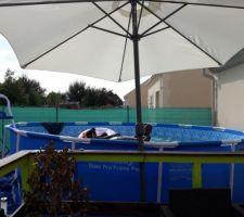 petite piscine pour les enfants