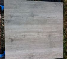 Dalle effet bois Decoceram sur plot Jouplast réglable  (hauteur 20 à 30 cm)