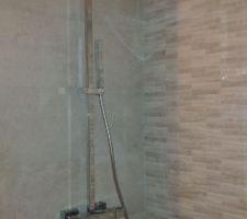 pose de la colonne de douche