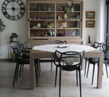 Les nouvelles chaises de la salle à manger !