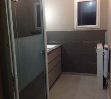 Salle de bain avec douche bac extra plat 120
