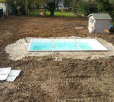 remplissage de la piscine en cours