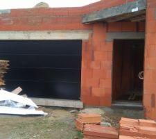 Porte de garage posée