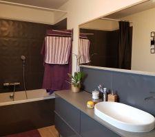 Notre salle de bain terminée!