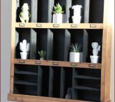 Touche déco petite étagère bois ... H & H avec petit bibelot Care Design