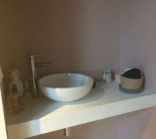lave main rez de chaussee plan en marbre reconstitue